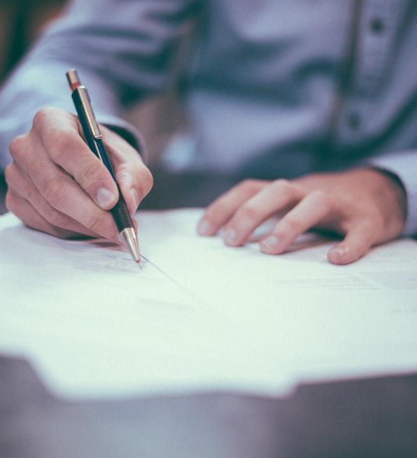 Azingatlanfejlesztés és az ehhez kapcsolódó menedzsment a DRS Ügyvédi Iroda kiemelt szakterülete